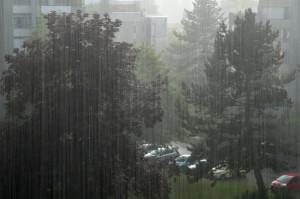 Die bevorstehende Lage verspricht nach dem vielerorts zu trockenen Juni mehrfach den Vollwaschgang