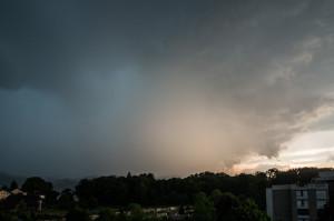Hagelzelle südlich von Bern am 06.06.2015